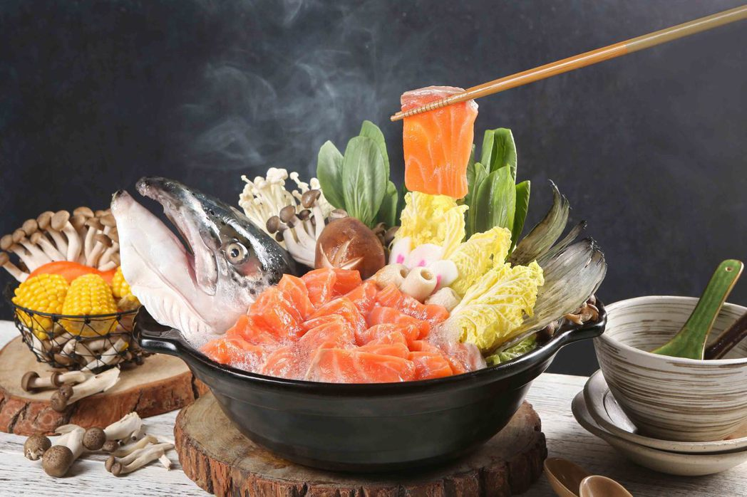 50樓Cafe-鮭魚石狩鍋。
