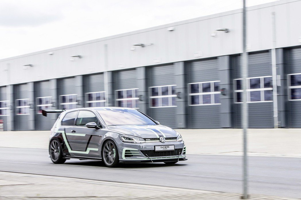 Golf GTI Aurora擁有最大馬力380hp。 圖/Volkswagen...