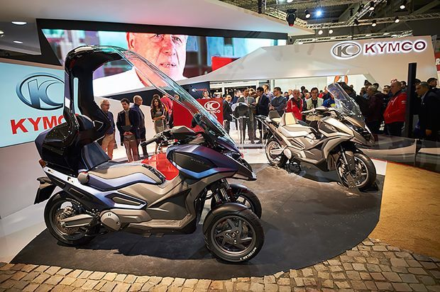 每年底在米蘭的國際機車展,就是光陽機車嶄露頭角的時機,攤位比許多日本與歐洲廠商都...