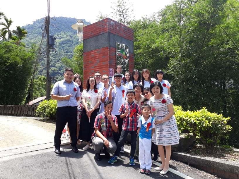 嘉義縣豐山實驗教育學校首屆國中生畢業了。圖/民眾提供