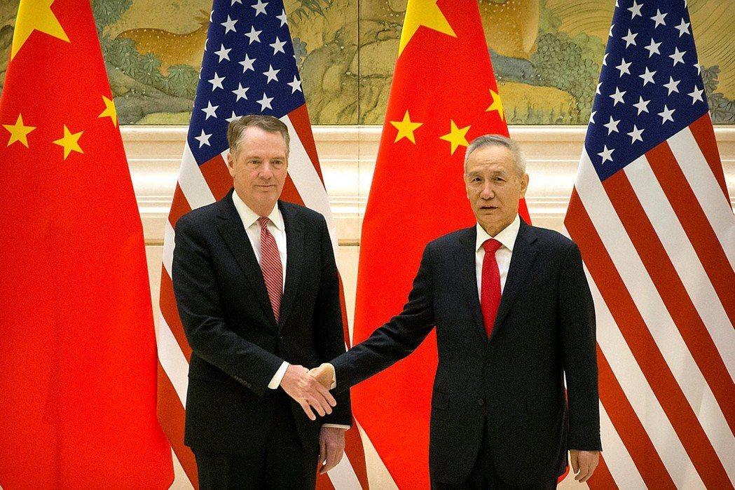 美國貿易代表賴海哲與中國國務院副總理劉鶴周一通電,為G20川習會做好準備。路透