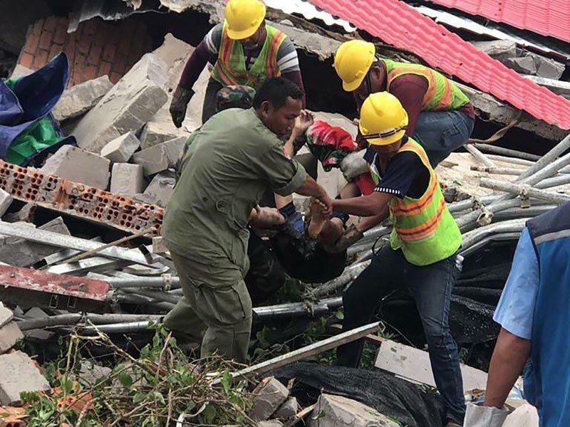 柬埔寨無照中資大樓倒塌,死傷慘重,省長等被究責,追查中國工程品質。取自星島日報
