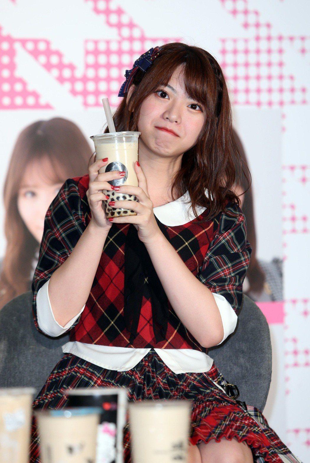 AKB48人氣成員馬嘉伶記者會,宣傳10月小巨蛋演唱會。記者曾吉松/攝影