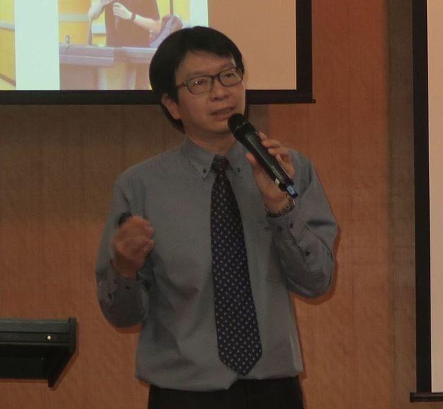 中華民國鋼結構協會秘書長、中龍公司組長彭朋畿主持會務報告。 陳華焜/攝影