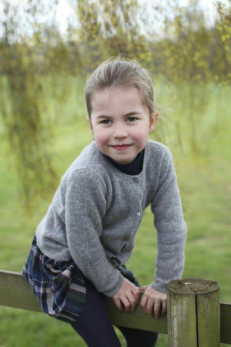 夏綠蒂小公主的慶生照由凱特王妃拍攝。圖/美聯社