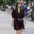 「BLACKPINK」Lisa出席CELINE巴黎男裝週 輕鬆消化不同風格的造型,美到會發光