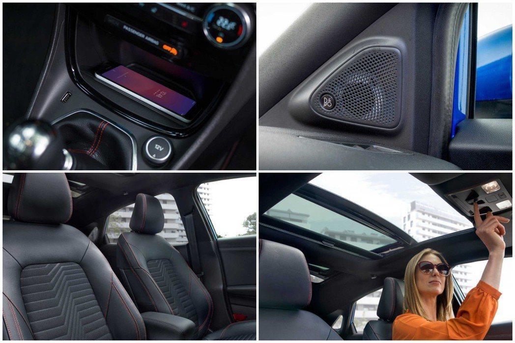 Ford Puma提供手機無線充電板,也有全景天窗功能。 摘自Ford