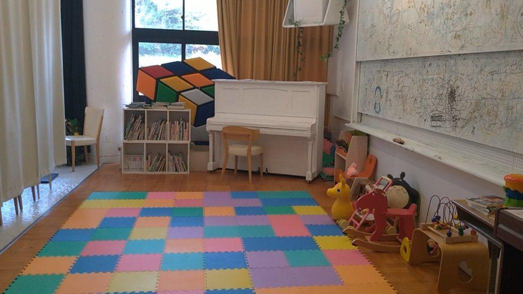 音樂教室變成幼托園區。 圖/蔡佩芳