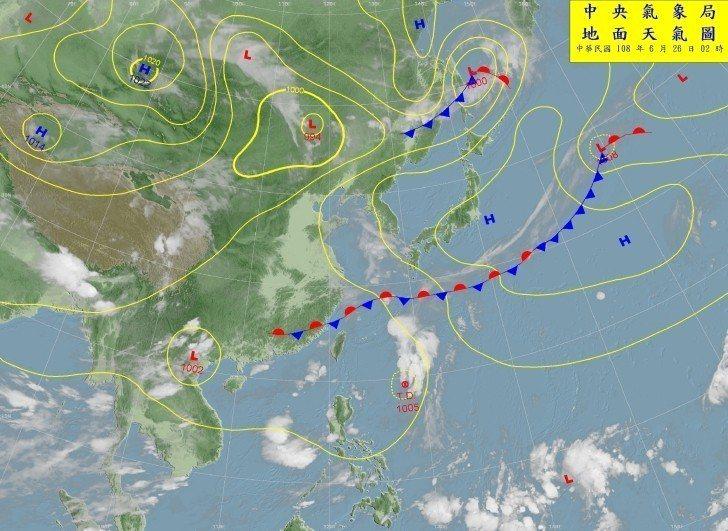 吳德榮說,氣象局今晨2時發布的熱帶性低氣壓消息顯示,其已向北迴轉,無侵台機率;是...