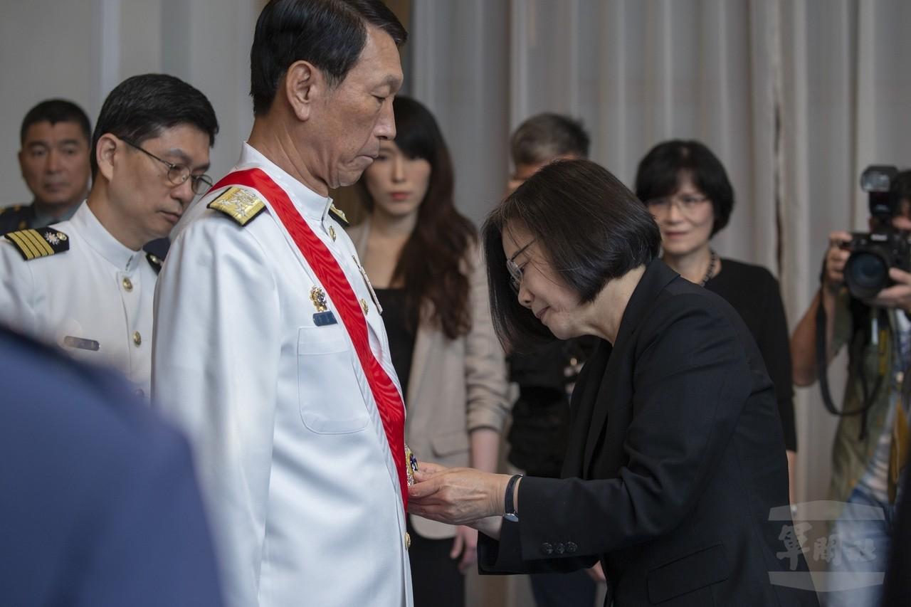 參謀總長李喜明屆退 美軍漢光觀摩團長這樣稱讚他