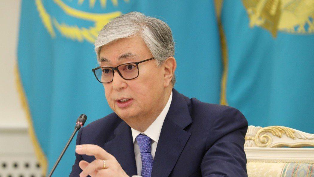 哈薩克總理托卡耶夫表示,他將會一筆勾銷300萬國民的不良貸款,終結政府大手筆紓困...