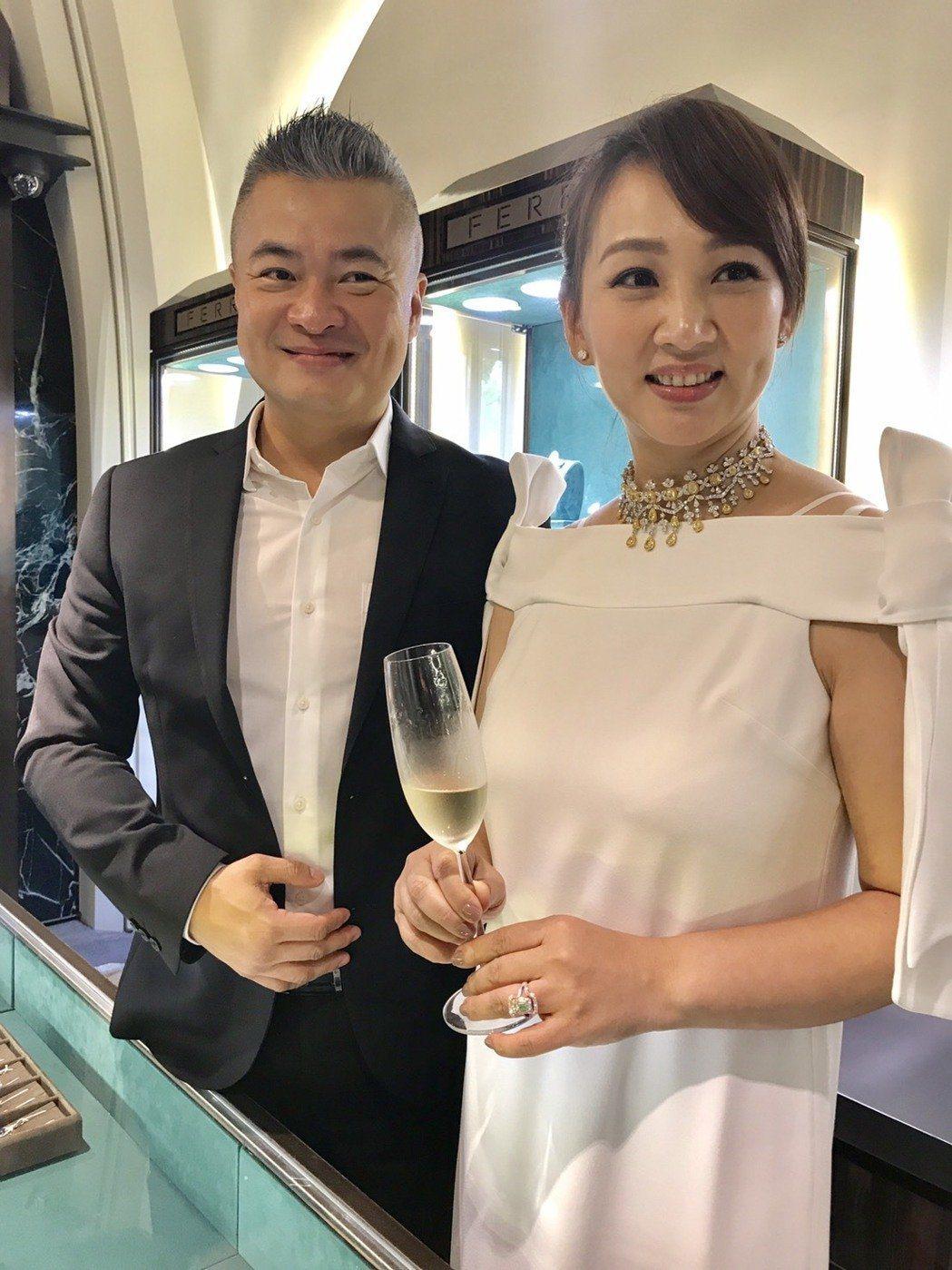 郁方和老公陳昱羲恩愛甜蜜,13年如一日。本報資料照