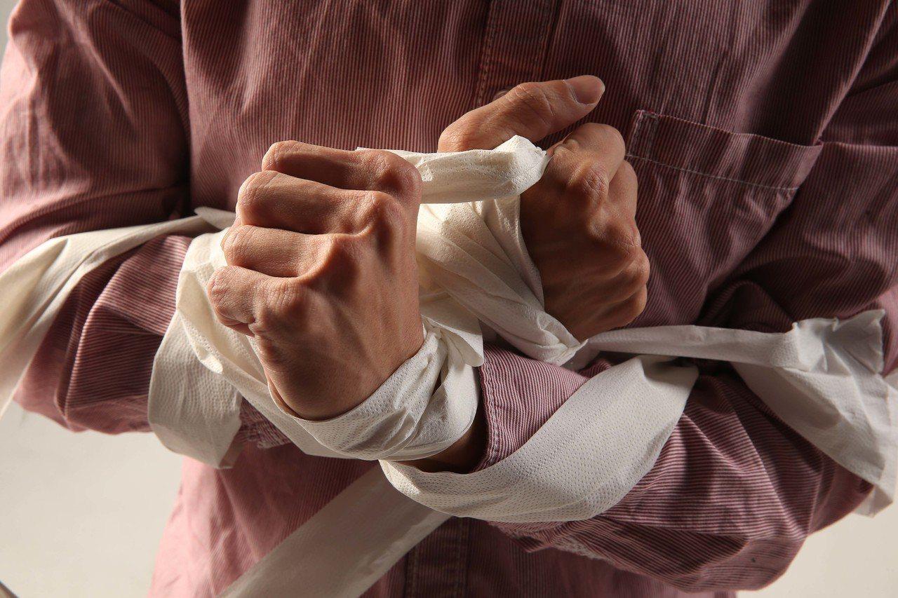 許多病友裝設人工血管後,會有異物感。圖為情境照。 圖/聯合報系資料照片