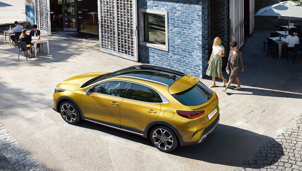 全新Kia XCeed提供三具汽油引擎與兩具柴油引擎,其中,動力最為猛烈的車型,...