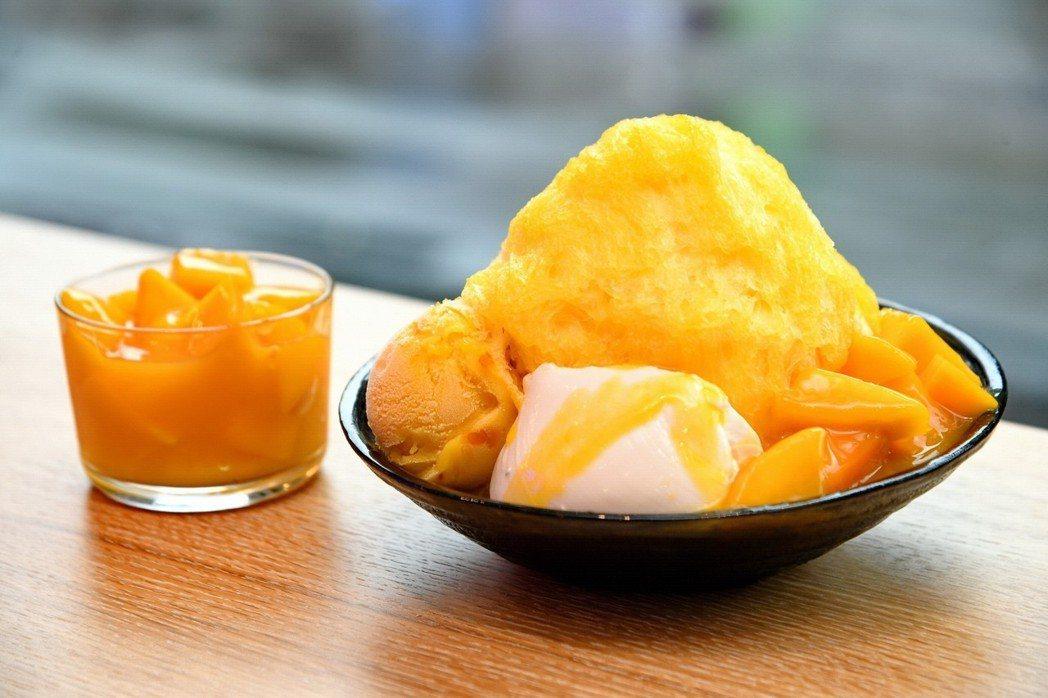 ICE MONSTER 新鮮芒果綿花甜。