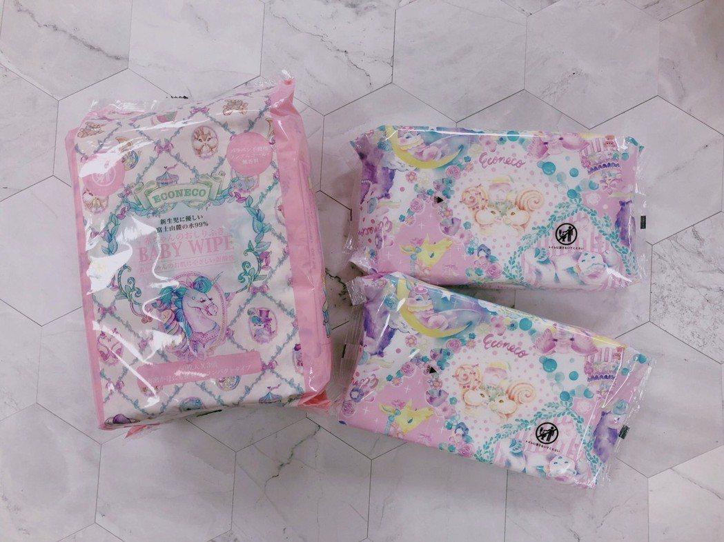 快閃店新品上市全球獨家「ECONECO 寶寶厚手濕紙巾」。