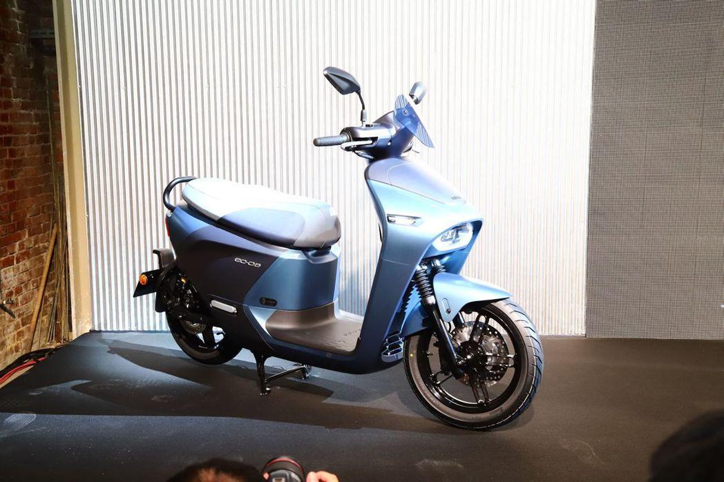 Yamaha EC-05 提供的車色之一以寂光藍最為特別。 記者張振群/攝影