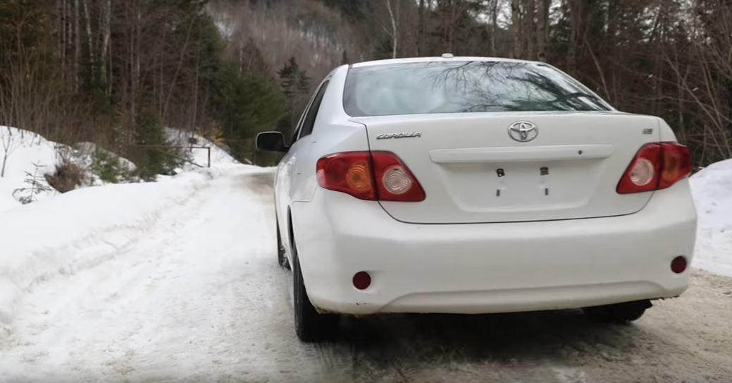 這車尾就是一般在路上看的的Toyota Corolla。 擷自Team O'Ne...