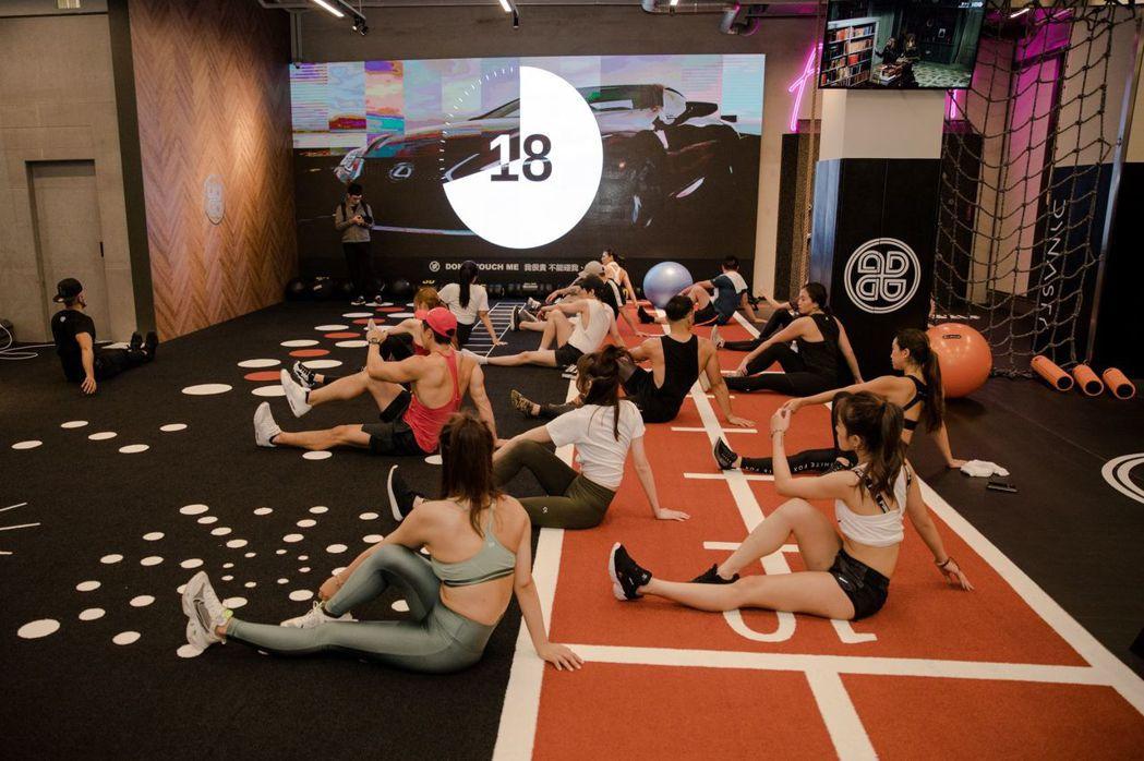 「輪站式挑戰」為鍛鍊身體極限的特色課程,激發自身無限潛能。 圖/和泰汽車提供