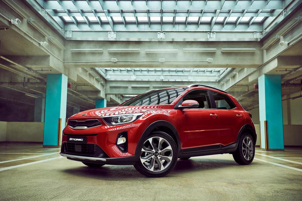 Kia Stonic在韓國與歐洲市場,皆提供了1.0升T-GDi汽油、1.4升M...