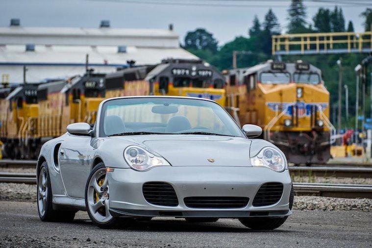 2005年的Porsche 911 Turbo S Cabriolet出售 除了敞篷竟還是手排!