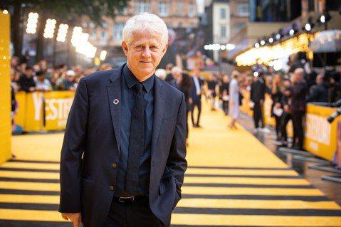 英國知名編劇李察寇蒂斯最新編劇作品「靠譜歌王」將在28日上映,讓不少影迷相當期待,而他豐富的經歷,也讓他成為在英國電影中地位崇高的影人。李察寇蒂斯曾以電影「妳是我今生的新娘」入圍奧斯卡金像獎,其作品...