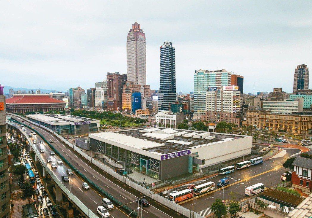 投審會駁回台北雙子星開發案,南海團隊不排除提訴願、訴訟。記者陳柏亨/攝影