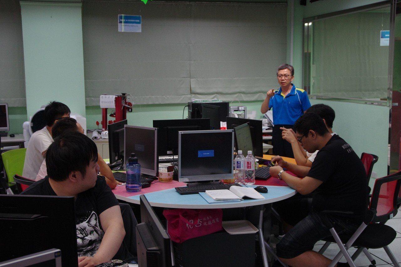 退輔會職訓中心設有各類技能班隊。記者程嘉文/攝影