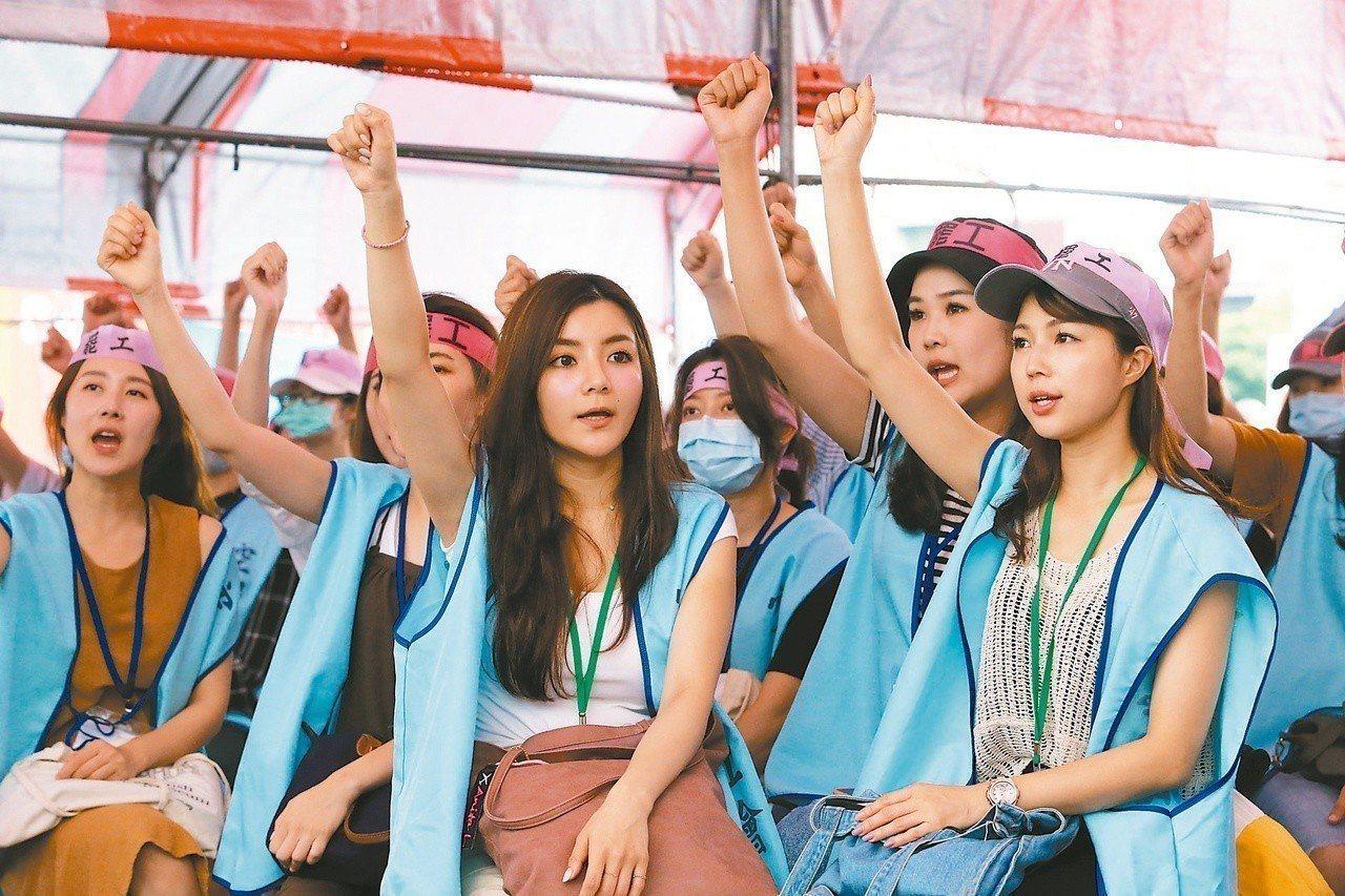 長榮空服員罷工邁入第8天。報系資料照