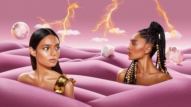 潮流尖端的彩妝權威 M·A·C,大理石潮流隨身帶著走,讓化妝包內更增添必備神器。...