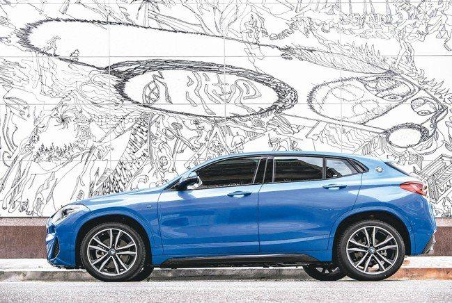 2018年2月正式在台發表後,BMW X2就成為X家族成員中最具潮流指標的個性車...