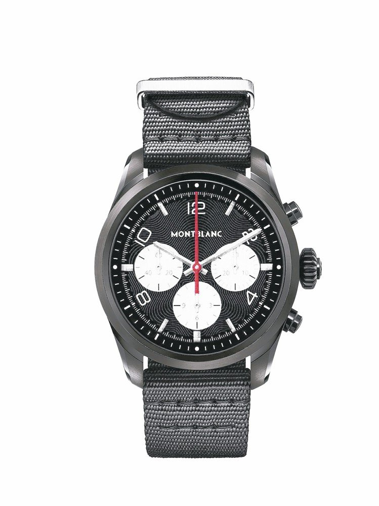 萬寶龍Summit 2智能腕表,黑色DLC表殼搭配黑色小牛皮表帶,約33,000...
