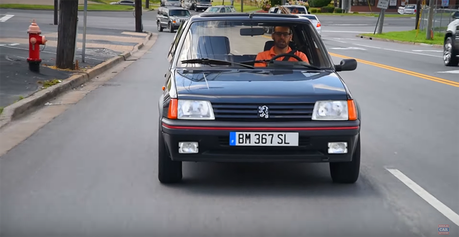 影/30年「老獅」依舊熱血! Peugeot 205 GTi絕非樂得虛名