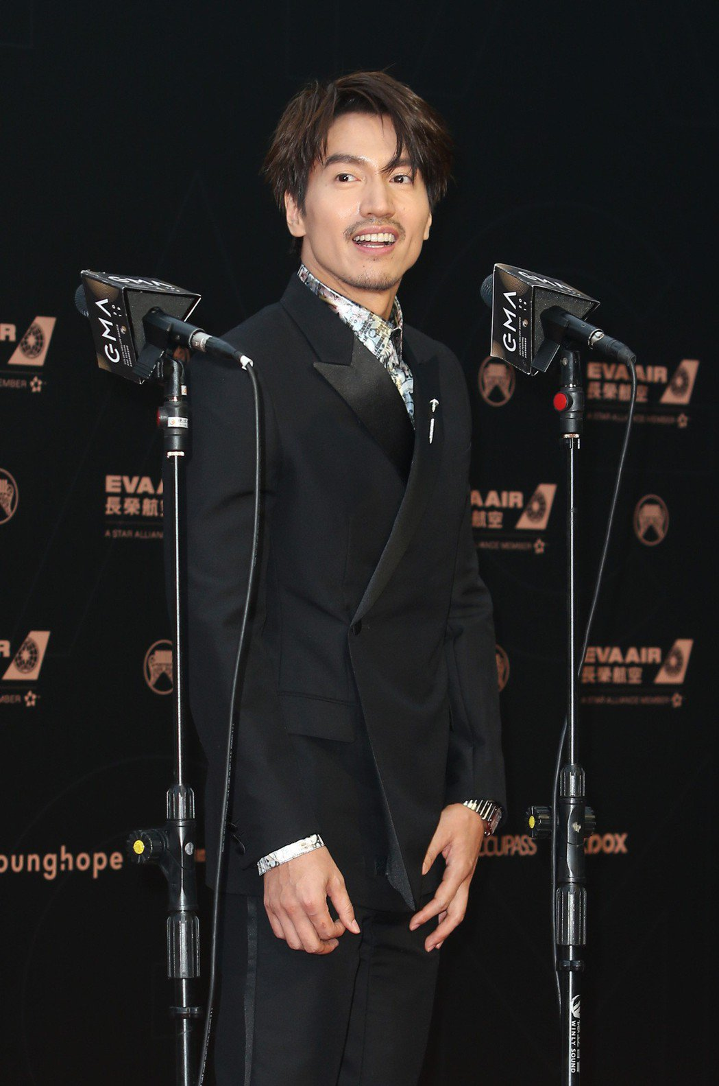 言承旭是本屆金曲獎頒獎典禮最受矚目嘉賓之一,卻不接受媒體聯訪,默默進入會場。記者