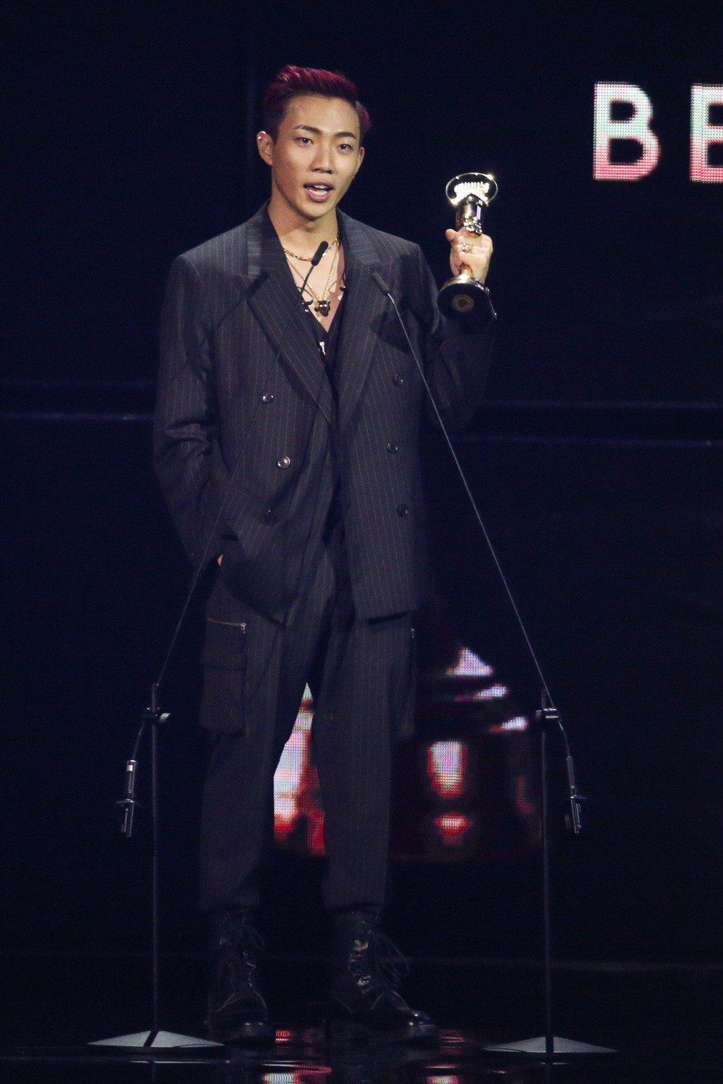 第30屆金曲獎,最佳新人獎由ØZI獲得。記者林伯東/攝影
