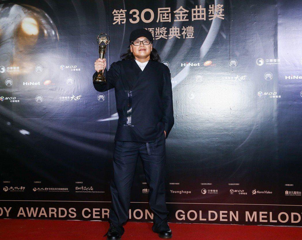 金曲獎最佳台語男歌手獎得主為流氓阿德。記者曾原信/攝影
