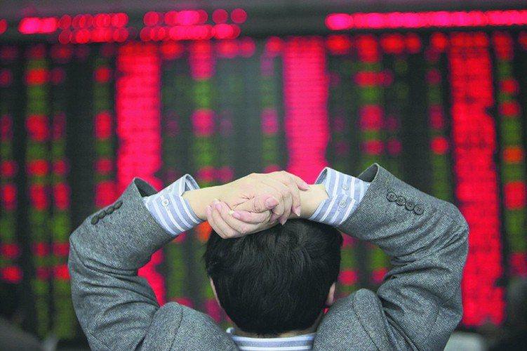 中美貿易戰暫停火,使得中國基金搖身熱門投資標的,強占近一周境外基金表現最佳前十強...