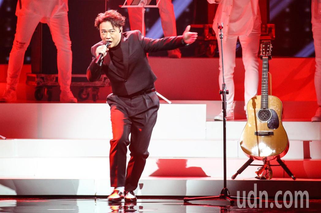 第30屆金曲獎,陳奕迅開場演出。記者陳立凱/攝影