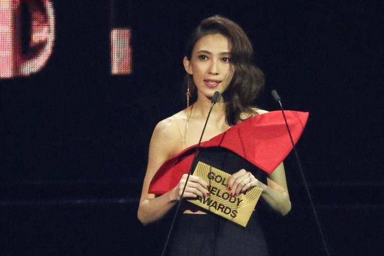 戴佩妮金曲頒獎。