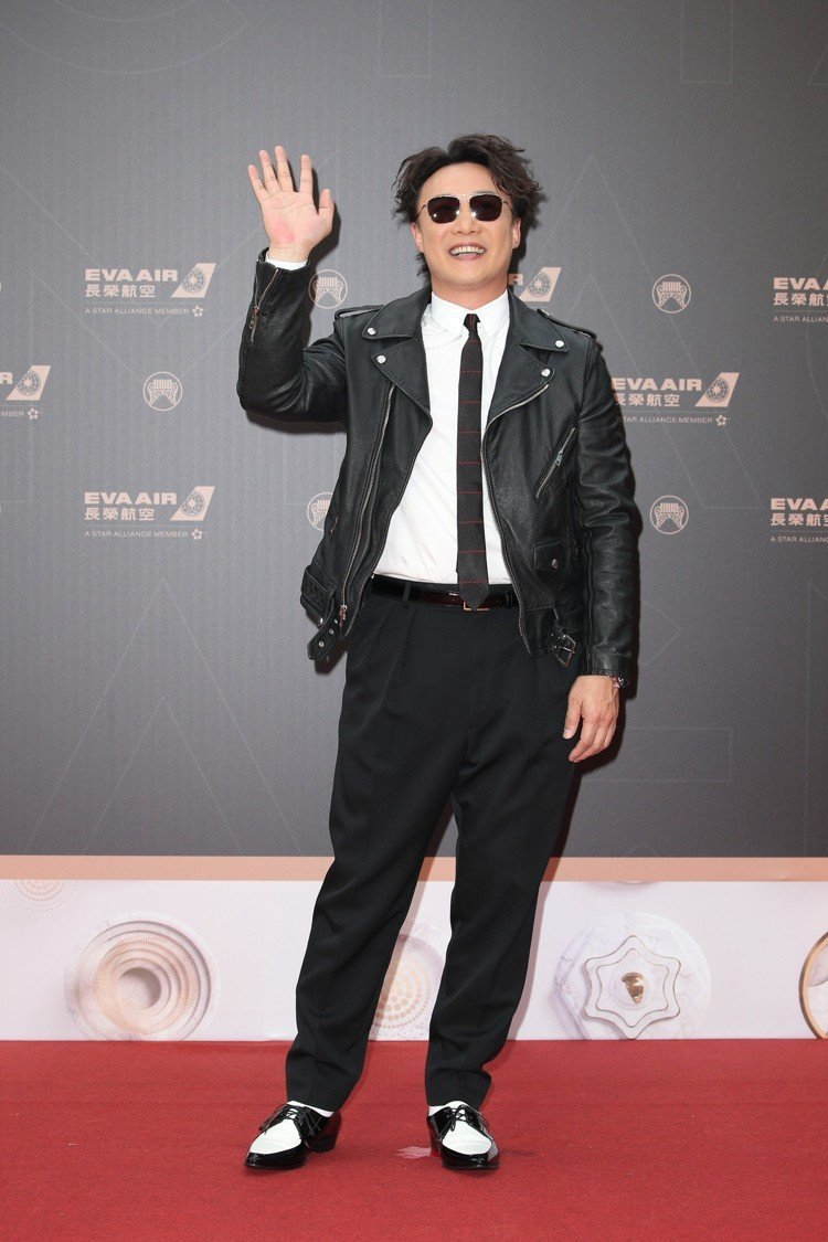 陳奕迅以整套CELINE服裝暨鞋履,搭配ZENITH手表。記者陳立凱/攝影