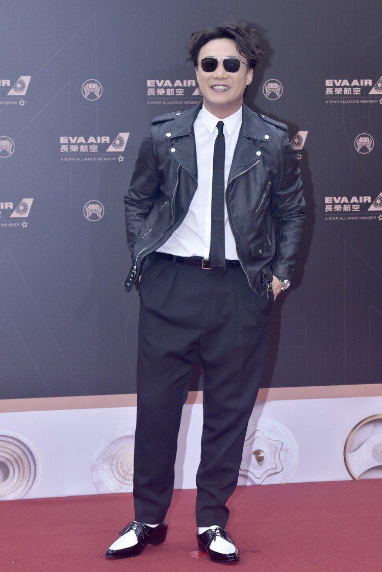 陳奕迅以整套CELINE服裝暨鞋履、搭配ZENITH手表,相當有型。圖/CELI...