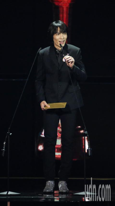 蕭敬騰擔任金曲頒獎人。