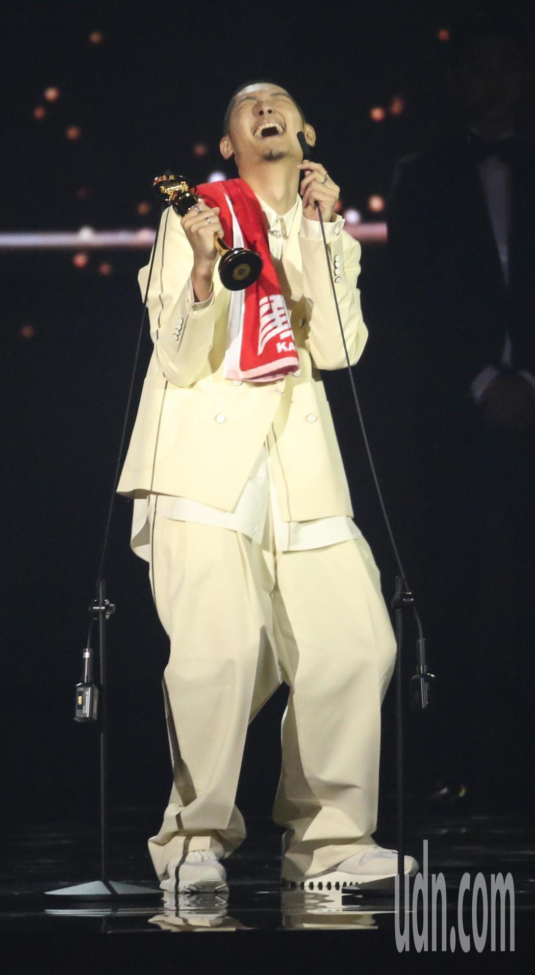 第30屆金曲獎,最佳國語男歌手獎由Leo王獲得。記者林伯東/攝影