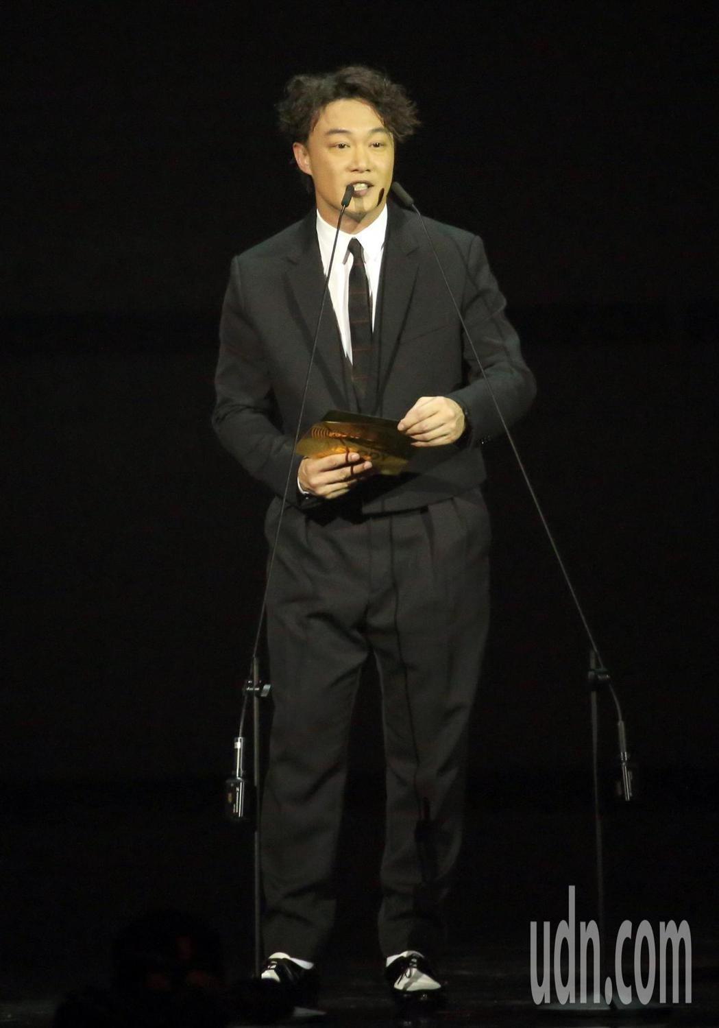 陳奕迅擔任金曲頒獎人。記者林伯東/攝影