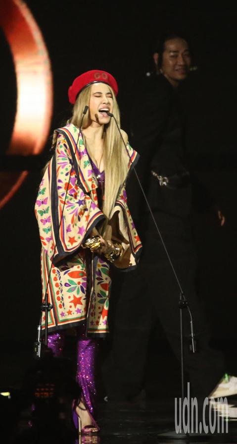 蔡依林「Ugly Beauty」獲得金曲年度專輯獎。