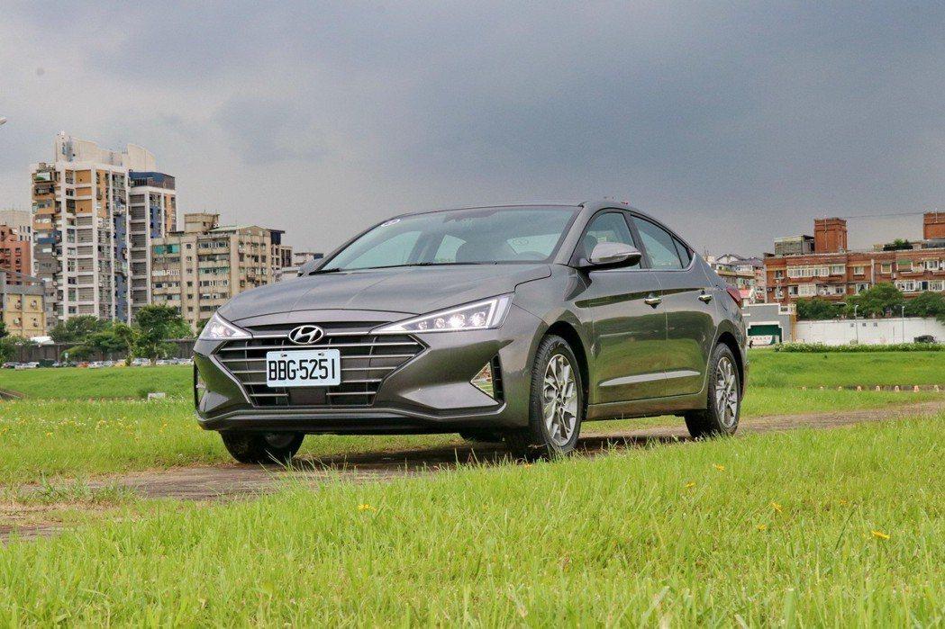 Hyundai Elantra將成為日系房車以外的其他選項。 記者陳威任/攝影
