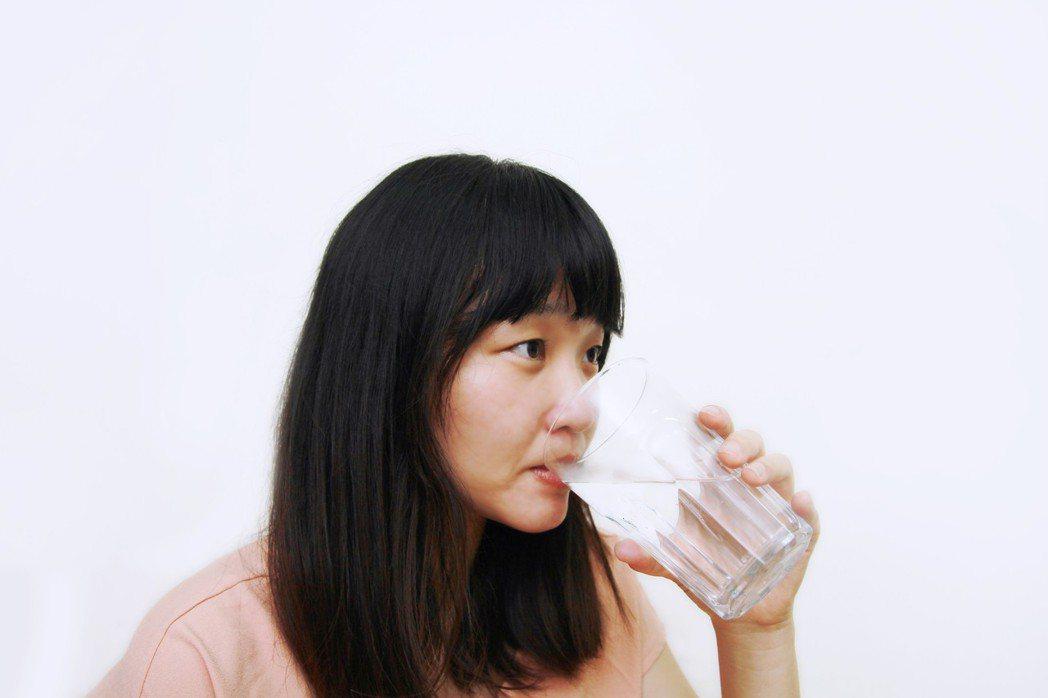 飲料聰明選,身體少負擔。圖/大林慈濟醫院提供