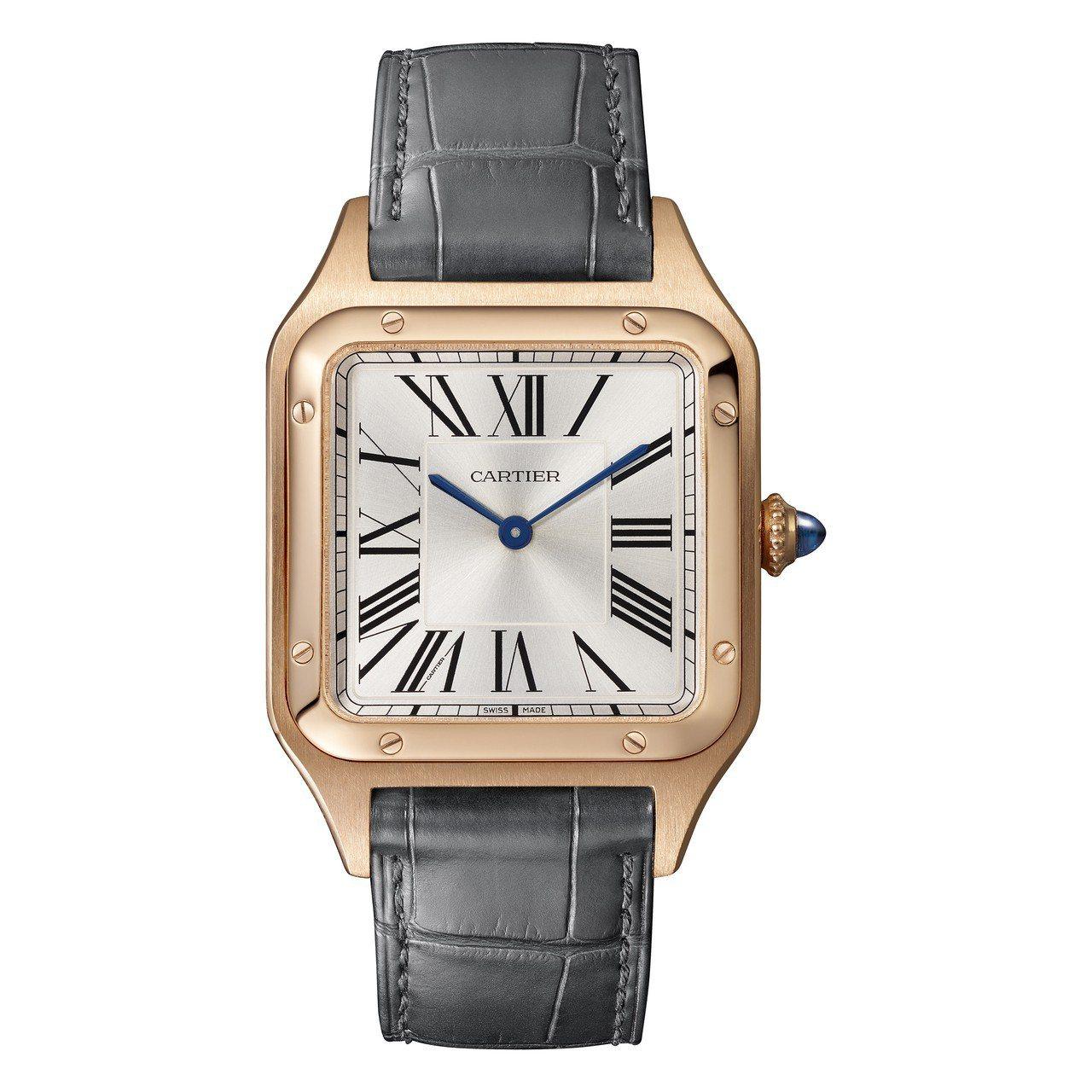 ØZI配戴Santos-Dumont腕表,不鏽鋼表殼搭配18K玫瑰金表圈,約17...