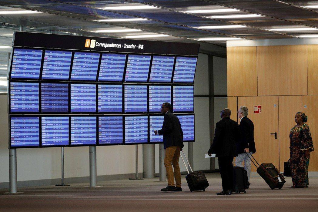 法國戴高樂機場旅客滿意度排名幾乎墊底。(路透)