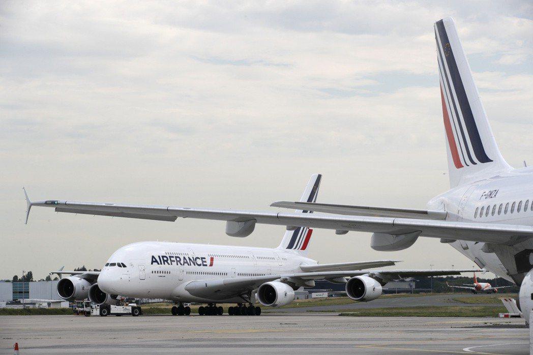 巴黎戴高樂機場的法航飛機。(路透)